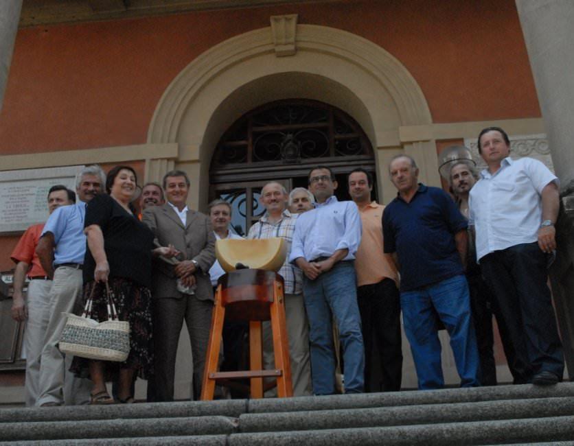 Un marchio cullerà ogni punta di Parmigiano Reggiano che nasce a Bibbiano (RE)