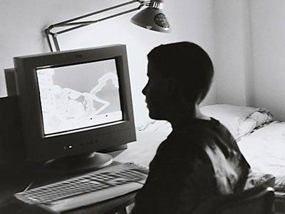 Adolescenti: l'uso di Internet favorisce i comportamenti a rischio