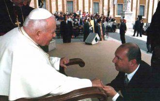 Roma: Anche dal Comprensorio del cuoio al Raduno internazionale Super Car Vatican Day 2011