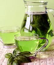 Tè verde, possibile cura contro il cancro della pelle