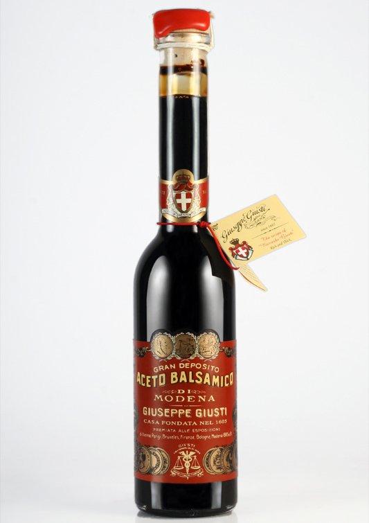 """Aceto balsamico """"Giusti"""": Una tradizione dal 1605 ai giorni nostri"""
