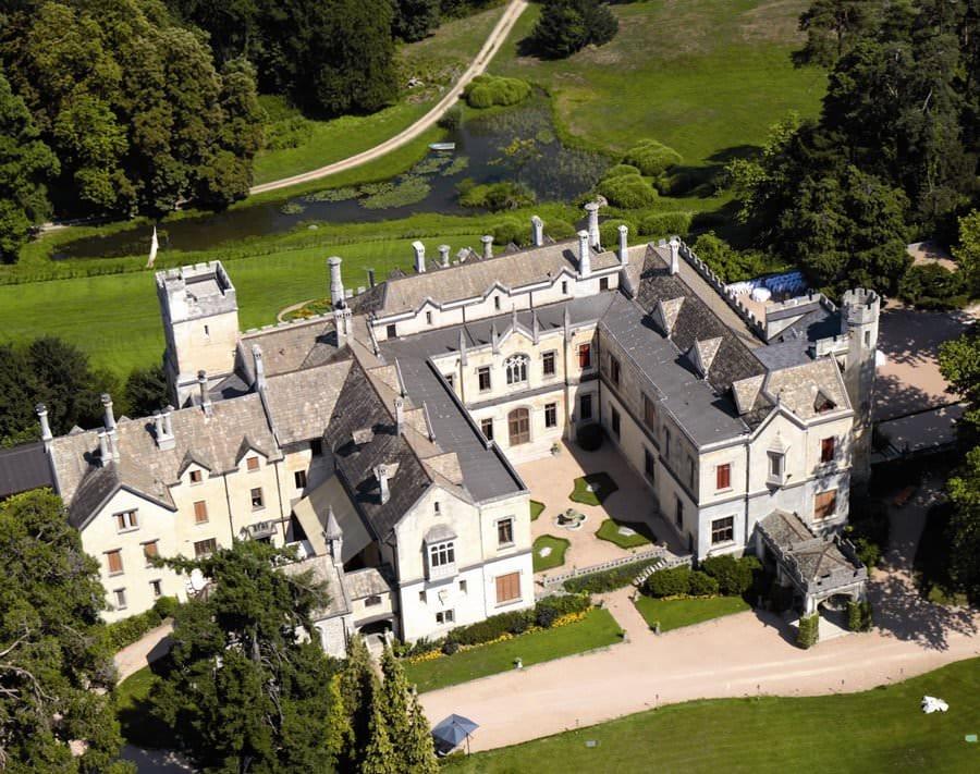 """Hotel 5 stelle """"Castello Dal Pozzo"""", autentico angolo d'Inghilterra sul Lago Maggiore"""