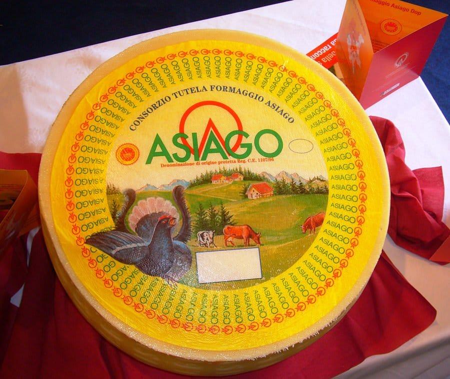 Asiago DOP: Un formaggio che ha una bella storia da raccontare