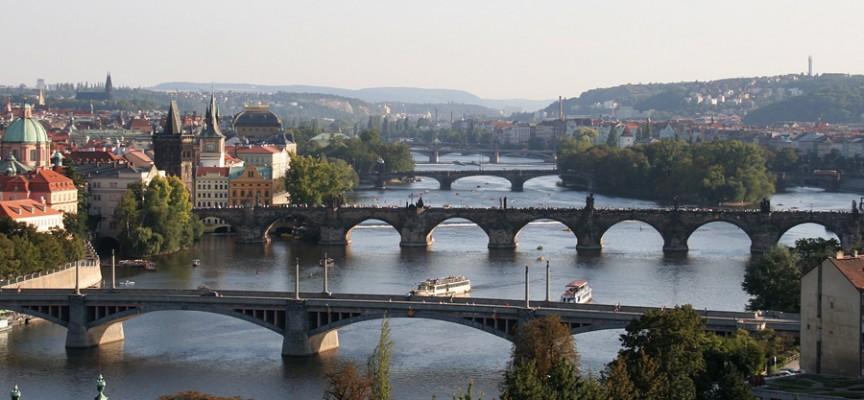 Moldava): Il fiume che si fa poesia