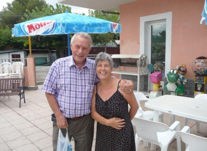 """Racconta la tua vacanza: Una nonna e tre nipotini in vacanza, in bungalow, nel Camping """"La Pineta"""" ad Albenga"""