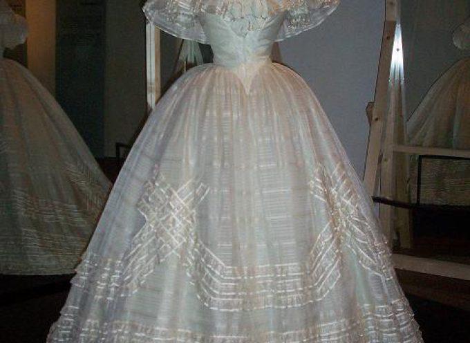 """Reggia di Venaria: """"Moda in Italia – 150 anni di eleganza 1861-2011"""""""