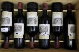 250.000 Euro: il vino di Alain Delon venduto all'asta