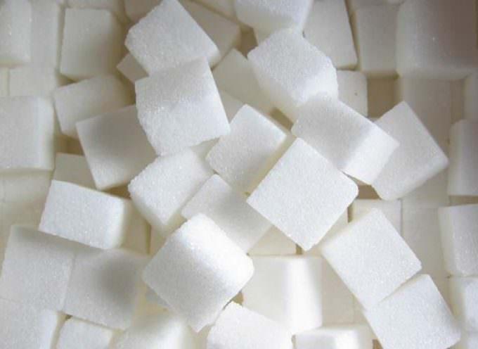 La verità sullo zucchero: nuoce alla salute come Alcool e fumo
