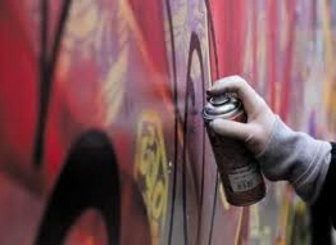 Vandali Graffitari contro Milano e contro  Expo: isoliamoli – Graffiti vandalici danneggiano immagine di Milano e di Expo