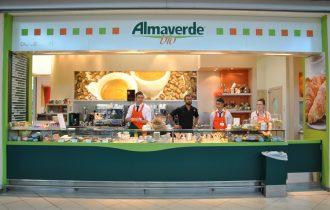 Bologna: Per chi mangia fuori casa apre la Frutteria bar Almaverde Bio