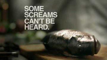 Violenze, abusi e crudeltà. Spot PETA contro il consumo di pesce