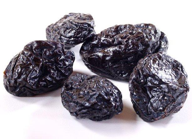 Prugne, 80 grammi al giorno per la salute dell'intestino
