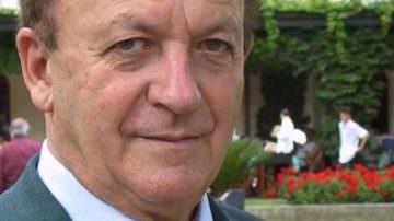 Chi è Antonio Batani, il re degli albergatori romagnoli; non conta più gli anni… compie le Stelle