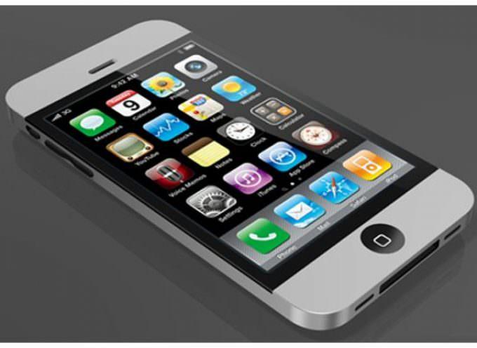 iPhone 5: Sarà compatibile con il vecchio carica-batteria?