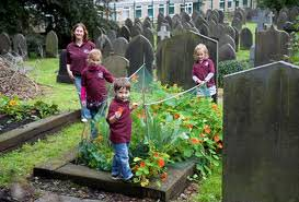 Todmorden, Gran Bretagna. Qui dominano frutta e verdura