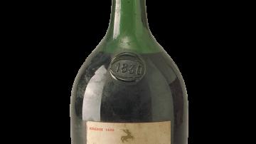 Spesi £19,000 per mezza bottiglia di un cognac di 223 anni