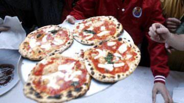 Benevento. La pizza Facebook per un consumo social