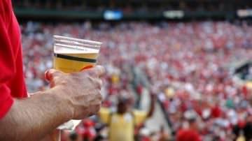 Svizzera. Niente più birra allo stadio