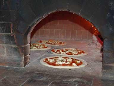 Pizza, presto una guida Gambero Rosso dedicata alla scuola di Napoli