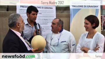 Il Pallone di Gravina al Salone del Gusto: Antonio Cucco, Saverio Tarantino e Rosa Maria De Rossi