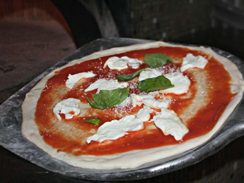 Gugliano, una pizza per la legalità contro la mafia