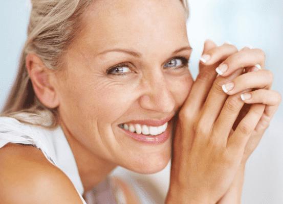Chirurgia estetica: Nuova tecnica per ringiovanire lo sguardo senza lasciare cicatrici visibili