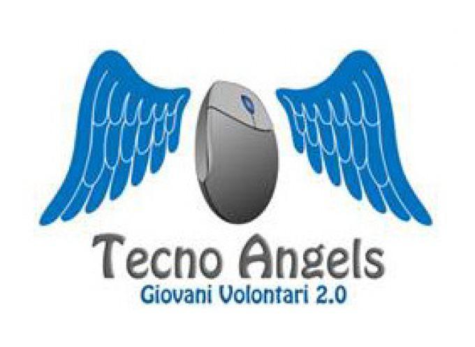 """""""Tecno Angels"""": Gli studenti insegnano agli anziani ad usare il web ed i social network"""