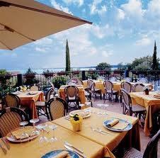 Hotel a Moniga del Garda, quattro stelle: professionale a conduzione familiare