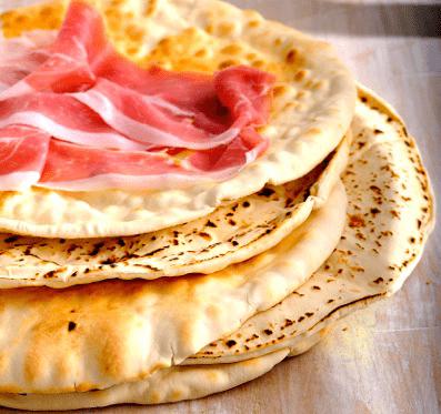 Il Prosciutto San Daniele si sposa con il pane della Sardegna