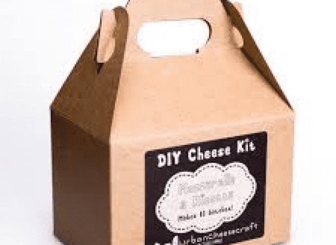 Contraffazione alimentare, kit per mozzarella e parmigiano