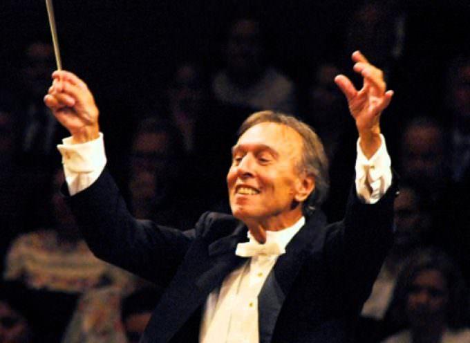Al Maestro Claudio Abbado