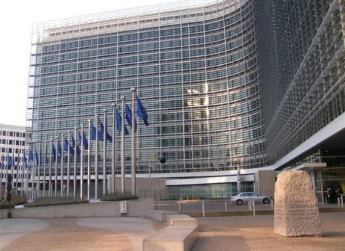Aperte le selezioni alla Commissione europea: Mille euro al mese per 700 stagisti