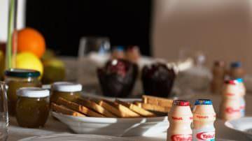 A Casa Sanremo il benessere comincia con la prima colazione firmata Yakult