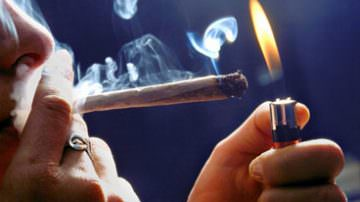 Cannabis, cocaina, alcol, psicofarmaci e gioco d'azzardo… Le dipendenze di italiani ed europei