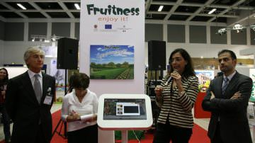 A Fruit Logistica il CSO lancia due novità: il punto vendita ideale e un'app per smartphone e tablet