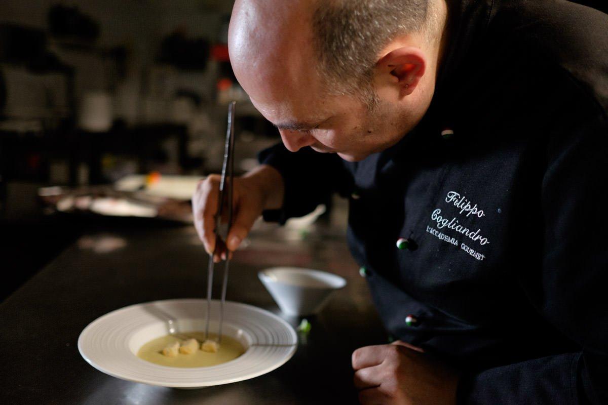 """Filippo Cogliandro, lo chef diventato simbolo della lotta alla criminalità, a Montecatini: la """"cena della legalità"""""""