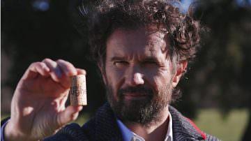 Carlo Cracco adotta 1.500.000.000 di tappi di sughero