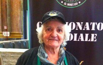 Alfonsina Trucco, 87 anni, è la vincitrice del Campionato Mondiale 2014 di Pesto Genovese al Mortaio