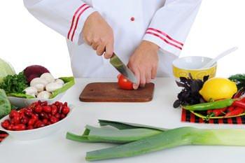 Sicurezza sul lavoro: In cucina 33.500 infortuni l'anno