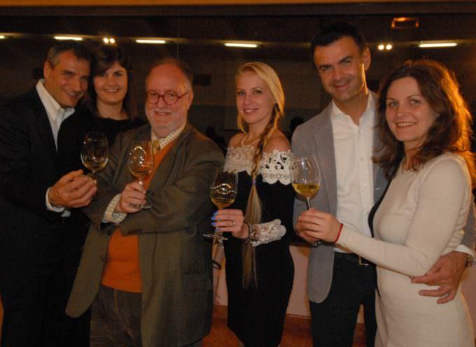 Edoardo Raspelli alla Perla del Garda per una serata dedicata al vino e all'Alta Velocità