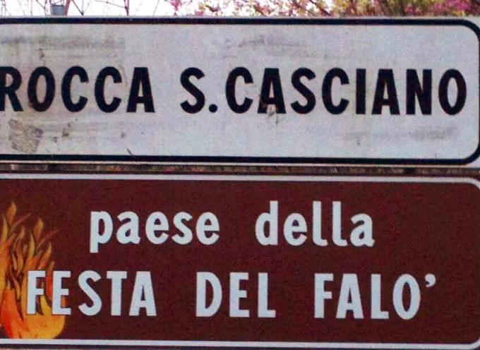 Rocca San Casciano: iniziato l'allestimento dei pagliai in vista della Festa del Falò di sabato 26 Aprile