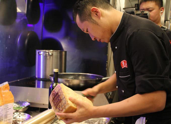 Grana Padano alla TV cinese: 10 top chef italiani e cinesi si sfidano per diventare Greatest Chef China