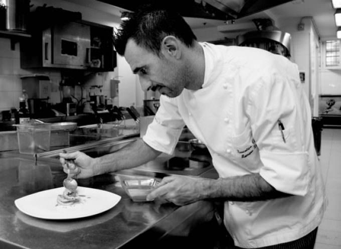 """Massimo Livan, Executive Chef dell'Antinoo's Lounge & Restaurant di Venezia:  """"Un piatto deve contenere una regola fondamentale: l'equilibrio degli ingredienti"""""""