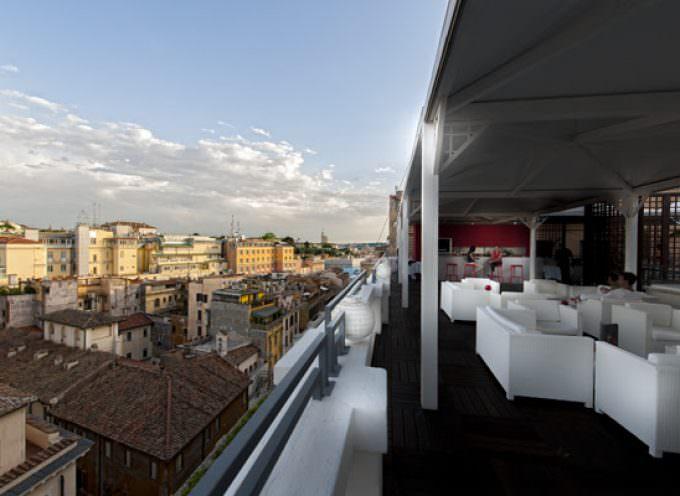 Tutto il menu è alla griglia al Terrace Lounge Barbecue panoramico dell'Hotel Boscolo Aleph 5 stelle lusso