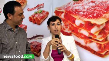 Caldo Caldo Puglia's frozen product ready to microwave or oven cooking at Bellavita EXPO London (Video)