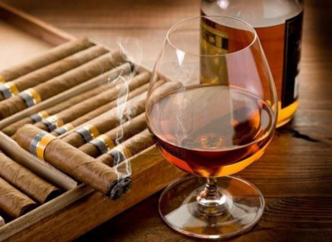 """Sigari cubani, grappe, bollicine e birra artigianale protagonisti al ristorante """"Oceans"""" del Top Club di Cinquale (Ms)"""
