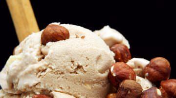 """Gelato alla Nutella, Dissapore: """"Il gusto del semilavorato della Ferrero non assomiglia alla famosa crema in vasetto"""""""