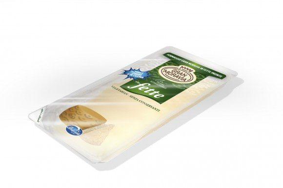 Squisito, versatile, ideale per farcire toast o decorare piatti: E' il Gran Moravia in fette quadrate firmato Brazzale