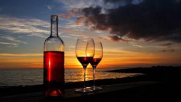 Vini frizzanti: crescono quelli naturali 'col fondo' e i rosati