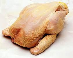 """""""Allarme pollo: l'80% della carne è infetta"""""""